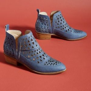 Anthropologie Cecelia New York Perforated Booties